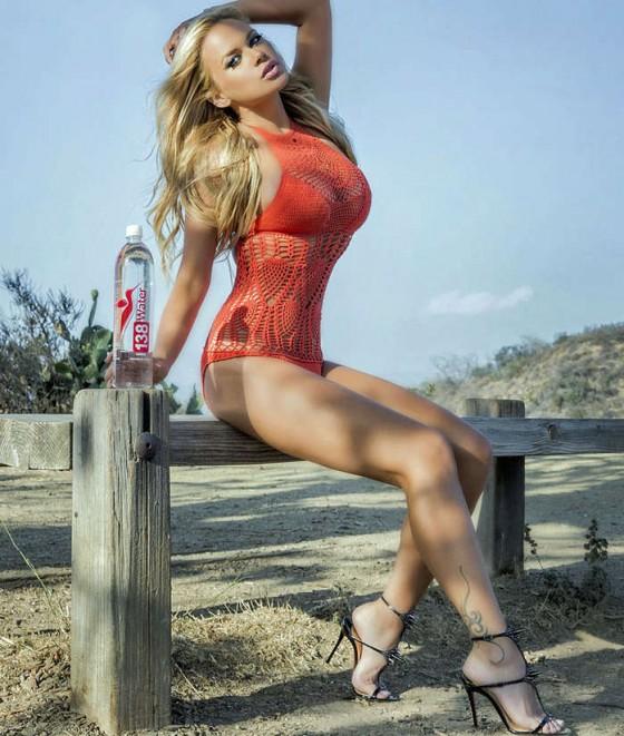 Masha-Lund-Water-Bikini-Photoshoot