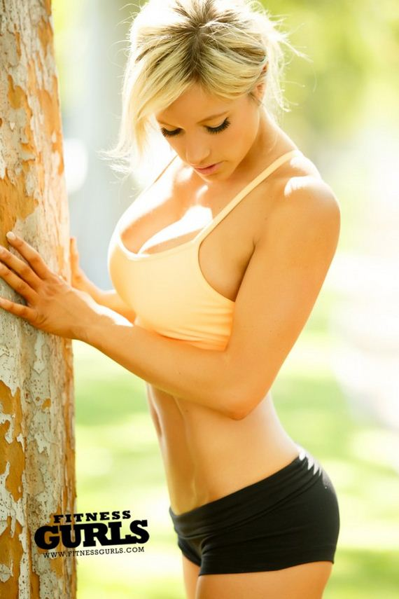 Meggan-Clay---Fitness-Gurls-Magazine