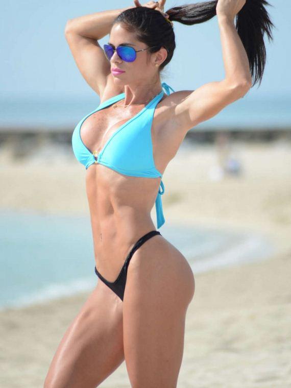 Michelle-Lewin-Bikini-Photos