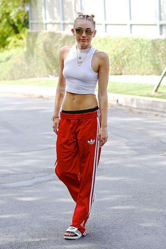 Miley-Cyrus---out-and-about