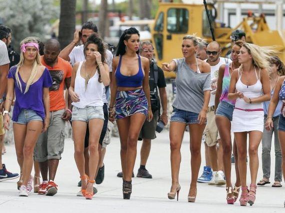 Nabilla-Benattia-filming-in-Miami