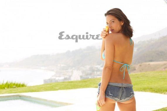 Olivia-Munn-Esquire-Magazine