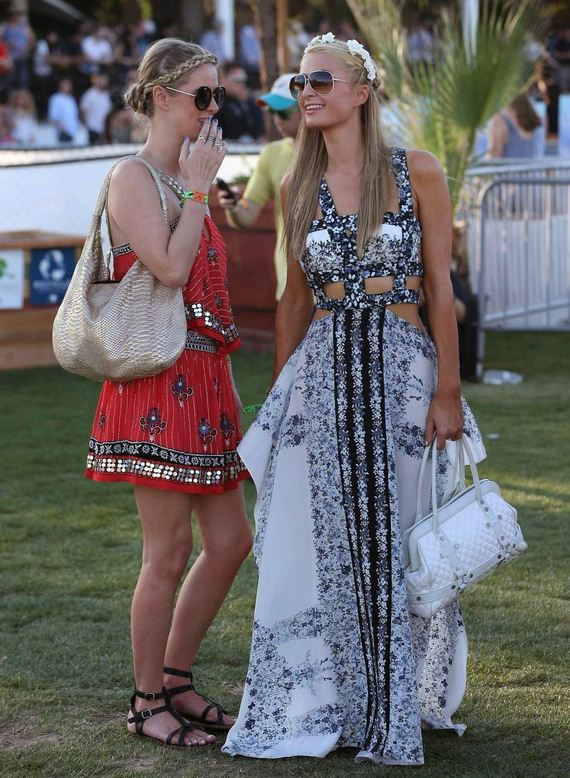 Paris-Hilton-and-Nicky-Hilton