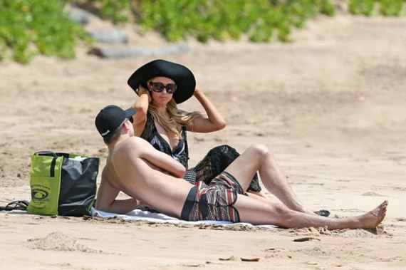 Paris-Hilton-and-River-Viiperi-On-Vacation