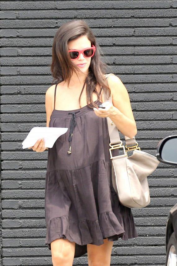 Rachel-Bilson-pregnant