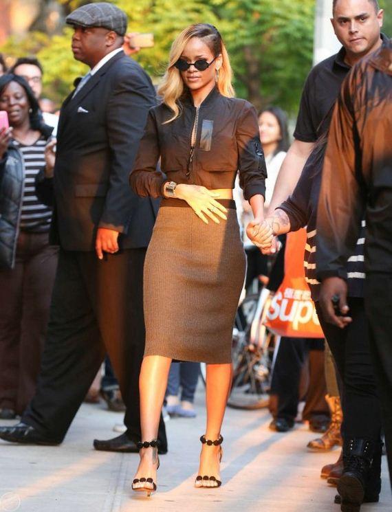 Rihanna---Filming-a-commercia