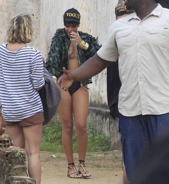 Rihanna-27
