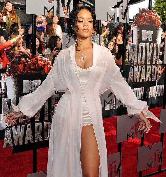 Rihanna-Camel-Toe