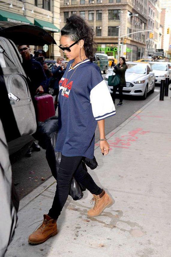 Rihanna-Tweets