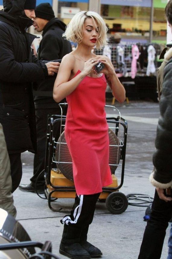 Rita-Ora-On-set-of-a-DKNY