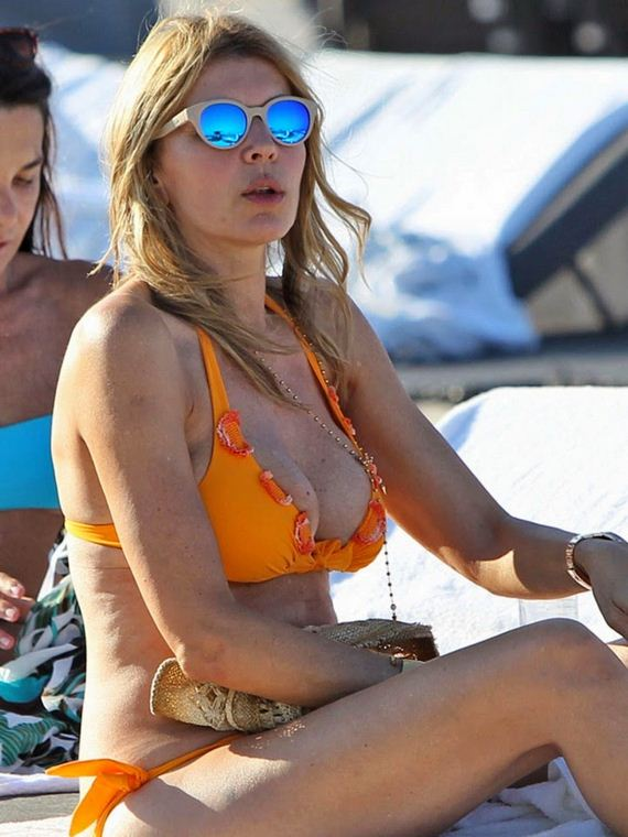 Rita-Rusic-in-Yellow-Bikini-in-Miami