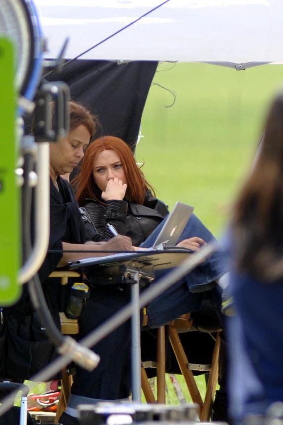Scarlett-Johansson---on-the-set-of-Captain-America