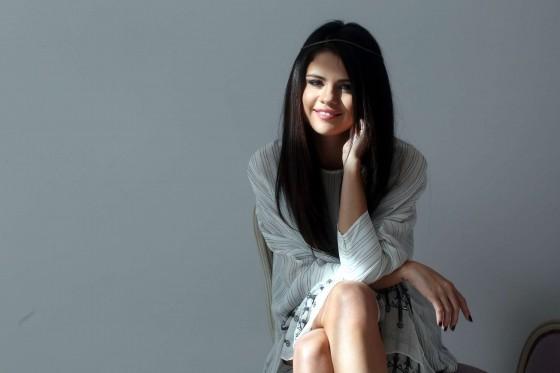 Selena-Gomez-Spring-Breakers-