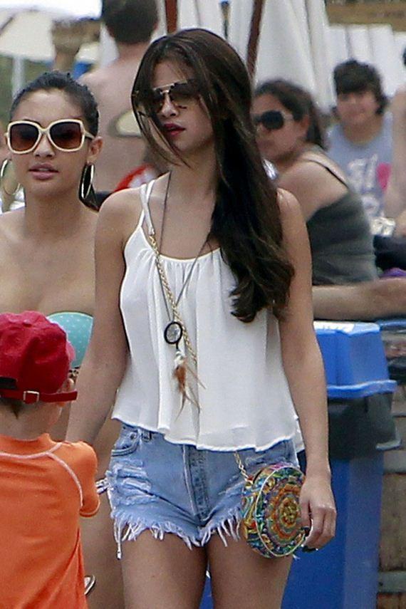 Selena-Gomez-and-Francia