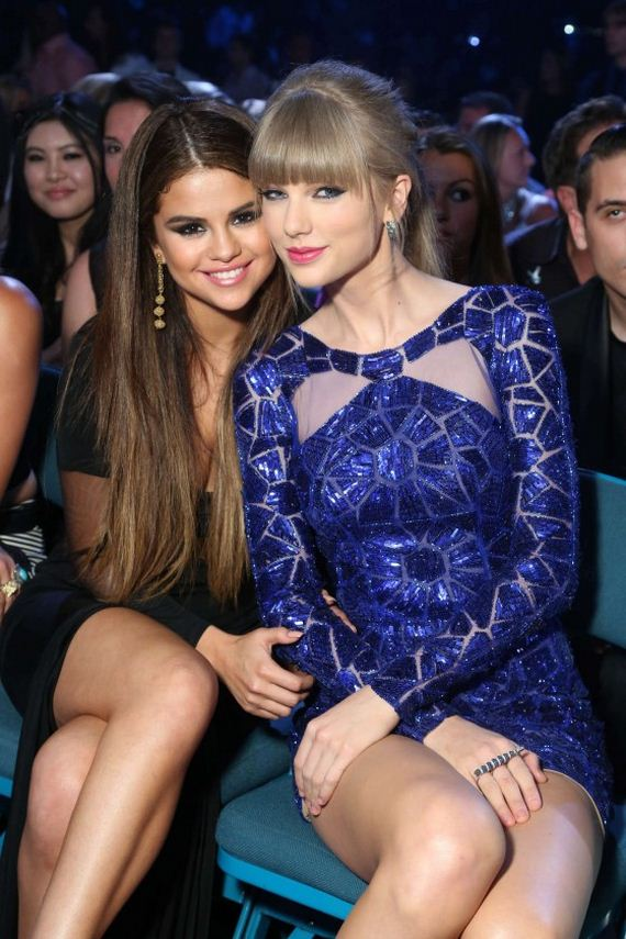 Selena-Gomez-and-Taylor-Swift-2013-Billboard-Music