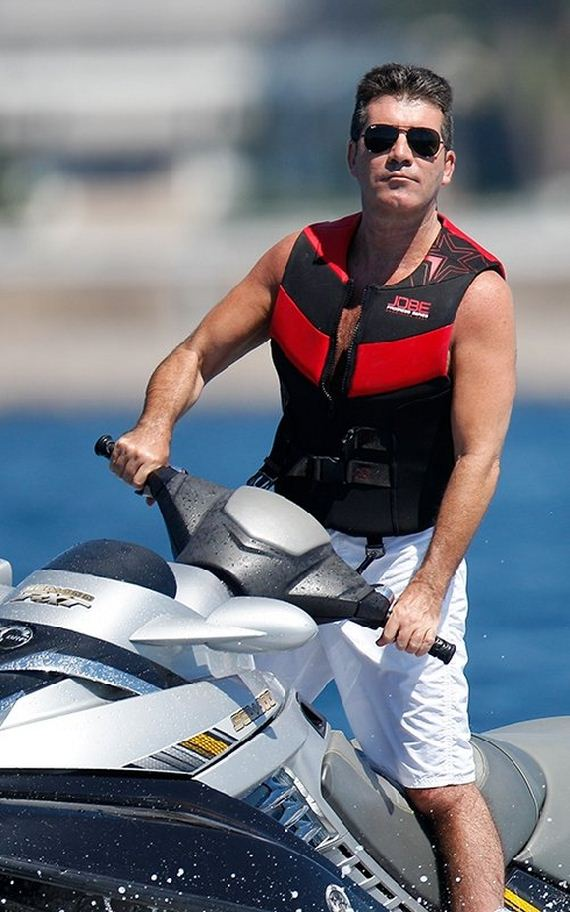 Simon-Cowell-Jet-Skiing