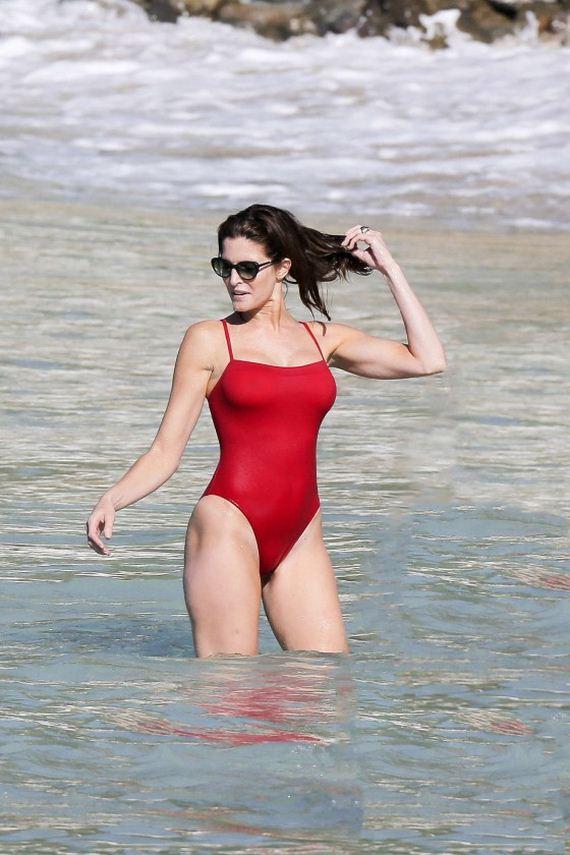 Stephanie-Seymour-Red-Swimsuit