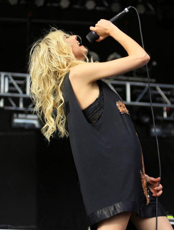 Taylor-Momsen-2014-Rock