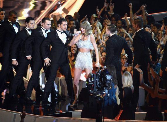 Taylor-Swift3-1