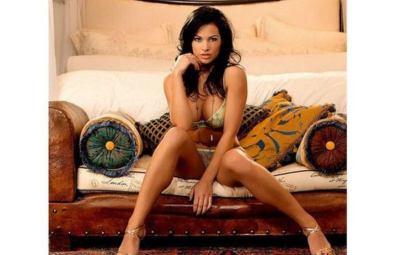 The 25 Hottest MMA Ring Girls