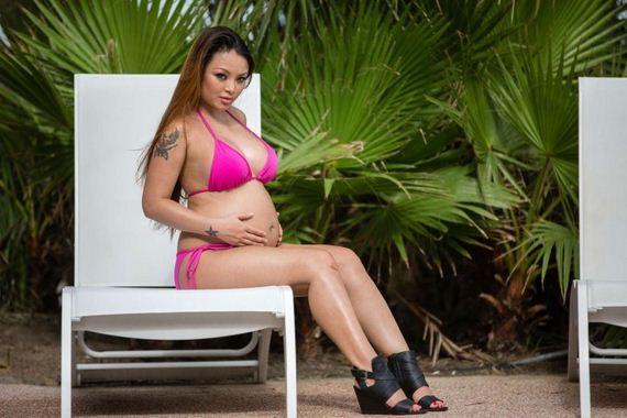 Tila-Tequila-Pregnan