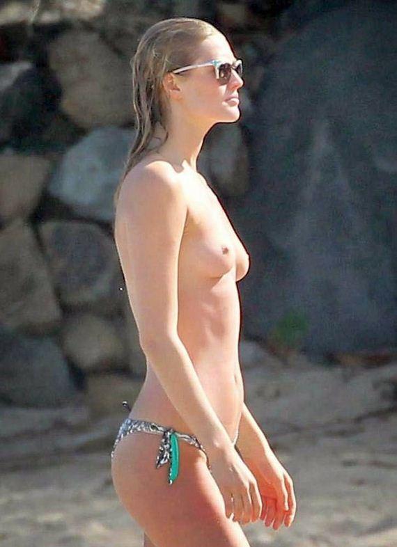 Toni-Garrn-topless