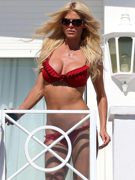 Victoria-Silvstedt-Bikini
