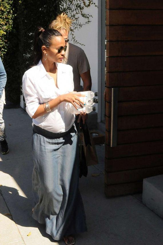 Zoe-Saldana-with-her-husband