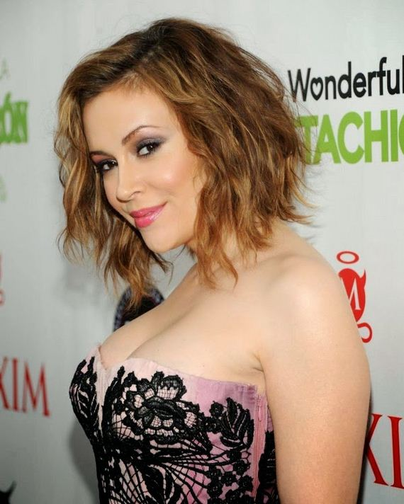 alyssa-milano-super-bowl