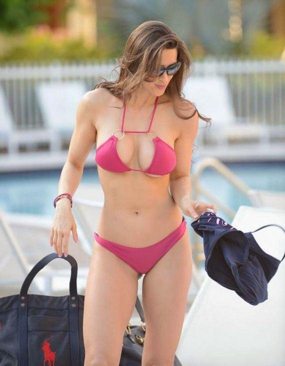 anais-zanotti-bikini-7