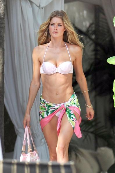 doutzen-kroes-bikini