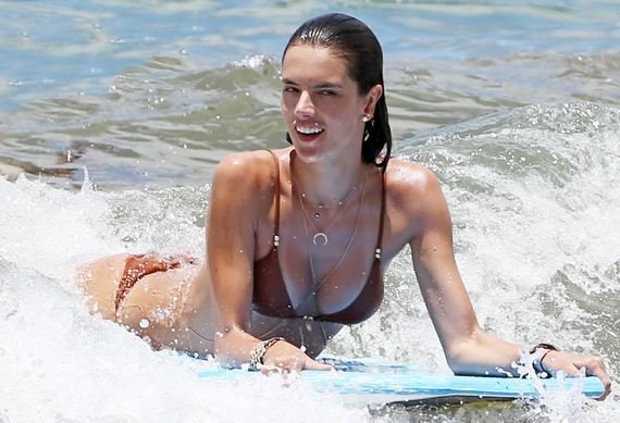 gallery_enlarged-Alessandra-Ambrosio