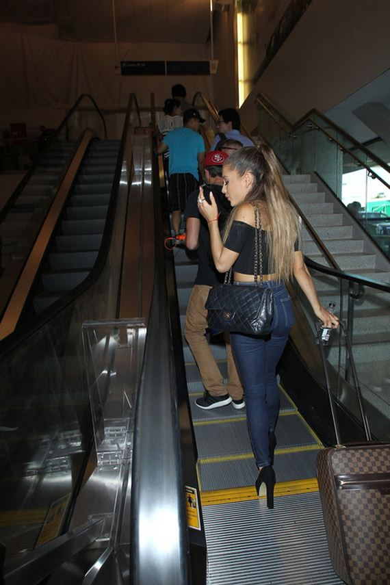 gallery_enlarged-Ariana-Grande-Diva