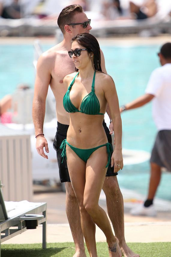 gallery_enlarged-Arianny-Celeste