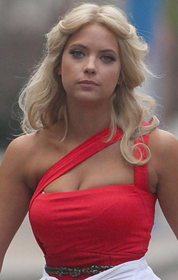 gallery_enlarged-Ashley-Benson