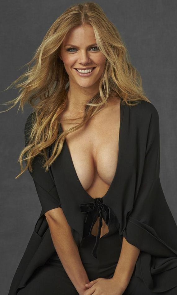 Model At Midnight Brooklyn Decker 12thblog