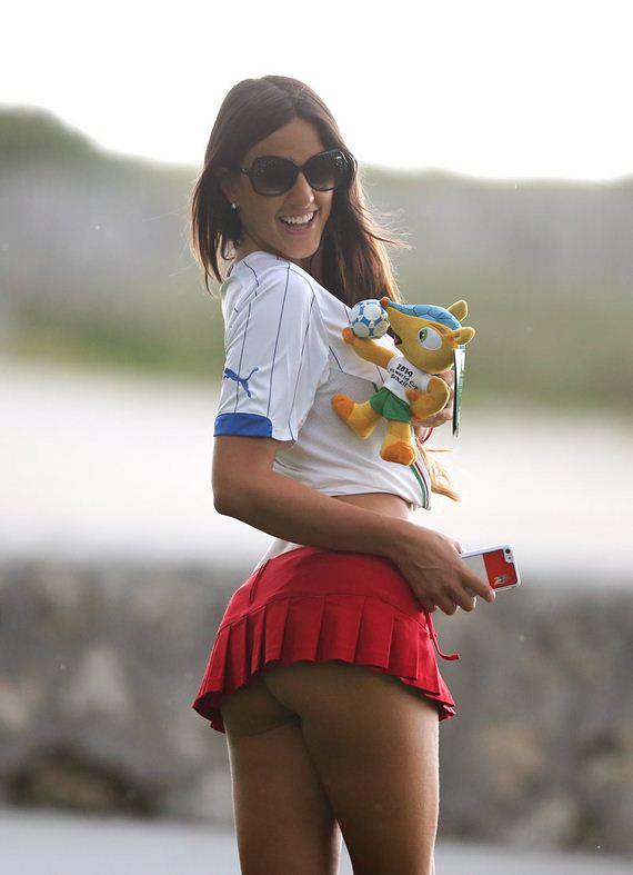 gallery_enlarged-Claudia-Romani