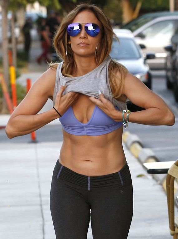 gallery_enlarged-Jennifer-Lopez-Damn
