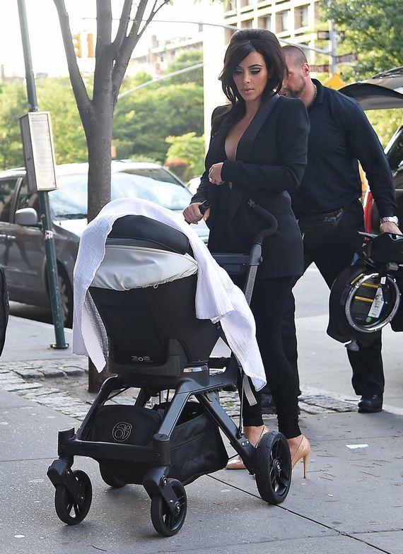 gallery_enlarged-Kim-Kardashian