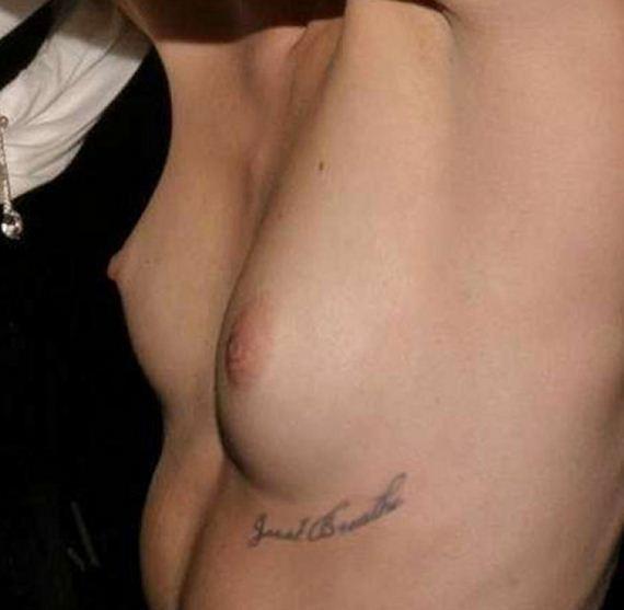 gallery_enlarged-Miley-Cyrus