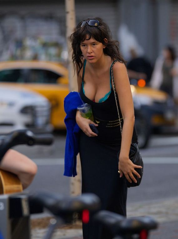 gallery_enlarged-Paz-de-la-Huerta