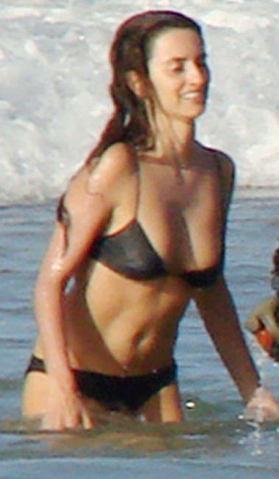 gallery_enlarged-Penelope-Cruz-Sexiest