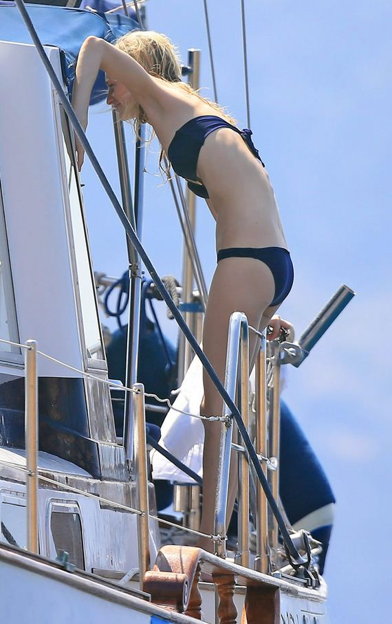 gallery_enlarged-Poppy-Delevingne-Bikini-Photos