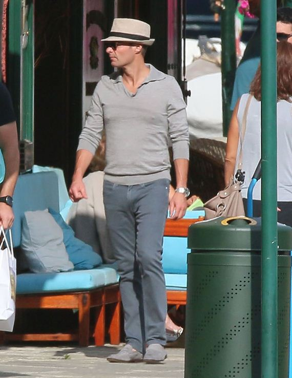 gallery_enlarged-Ryan-Seacrest