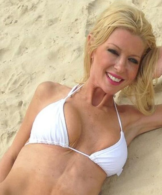 gallery_enlarged-Tara-Reid-Aussie