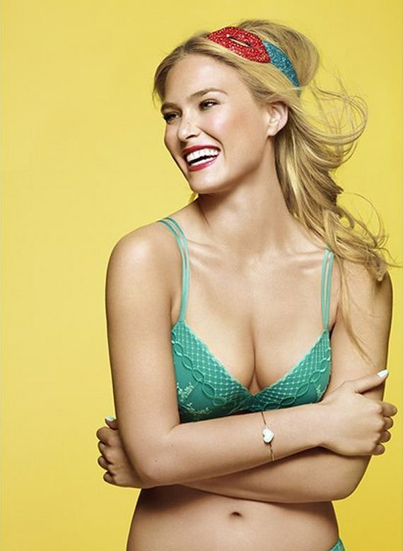 gallery_enlarged-bar-refaeli-sexy-passionata-pictures