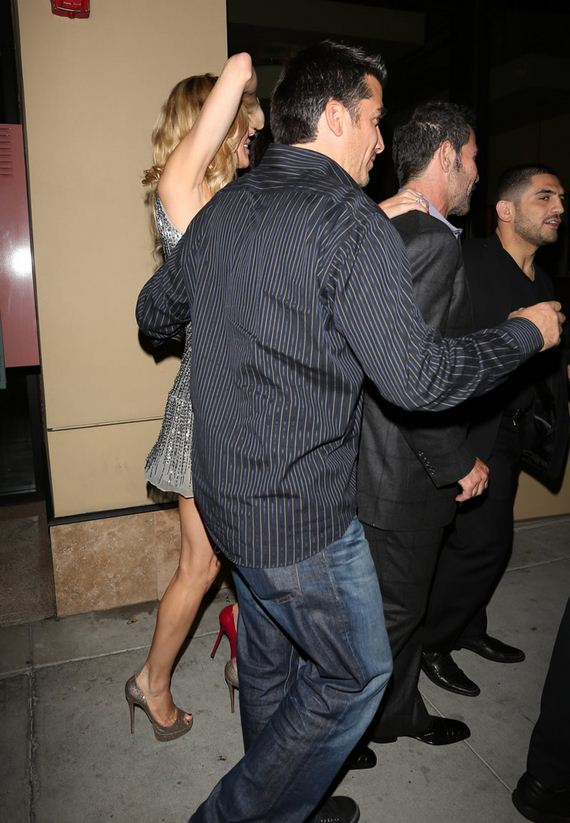 gallery_enlarged-brandi-glanville