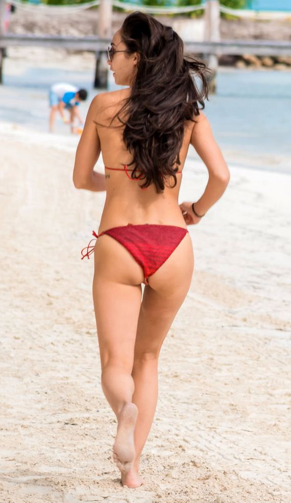 gallery_enlarged-cara-santana-cancun