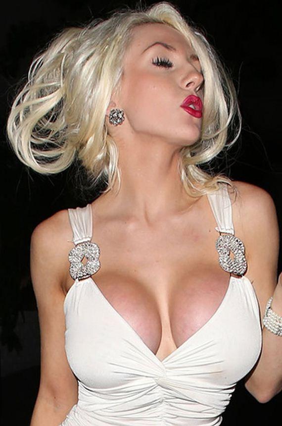 gallery_enlarged-courtney-stodden-boobs