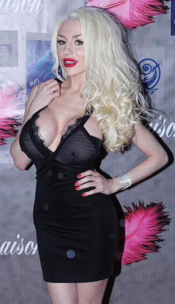 gallery_enlarged-courtney-stodden-sreepy